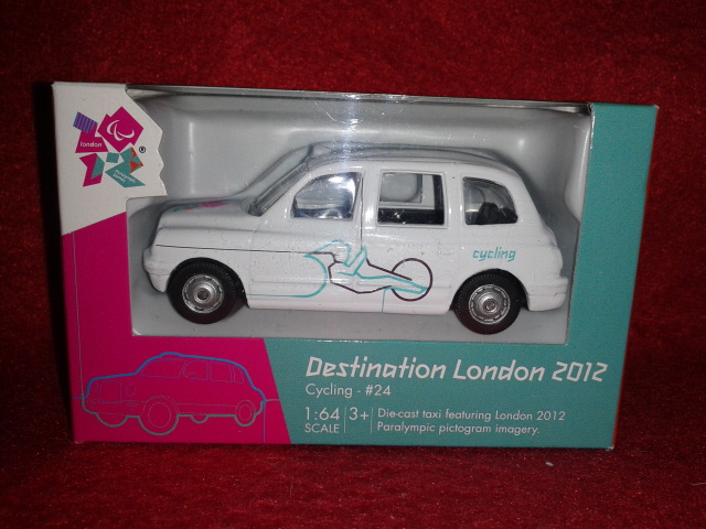 Corgi Destination London 2012 - Cycling TY66126